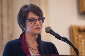 National ABOTA President, Cynthia McGuinn, addresses the Illinois Chapter on Law Day